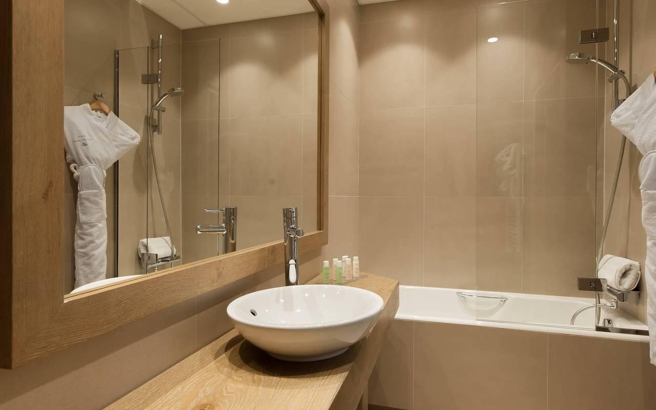 Bathroom charming hotel Saint-Germain des Prés