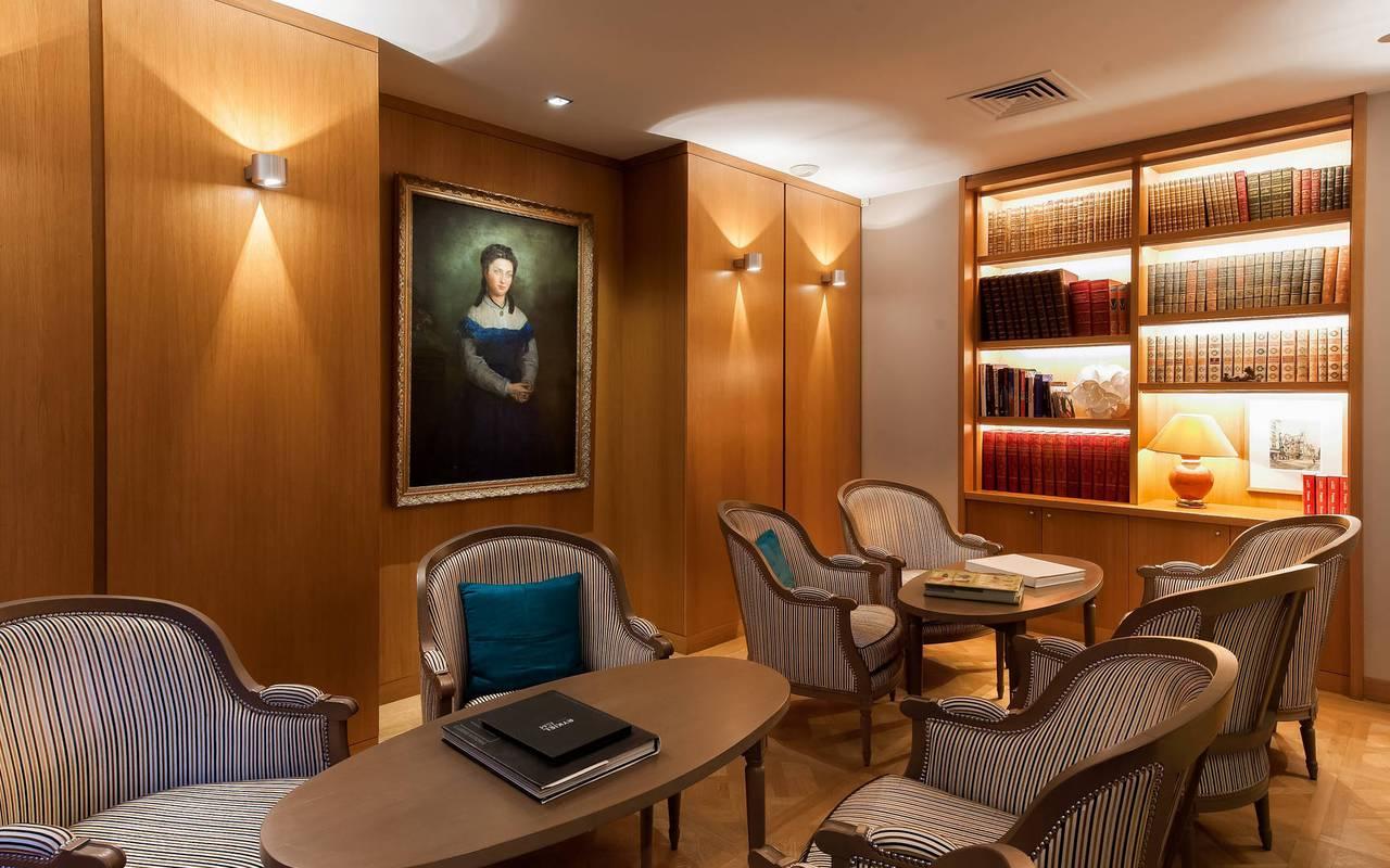 Library Pas de Calais hotel Paris