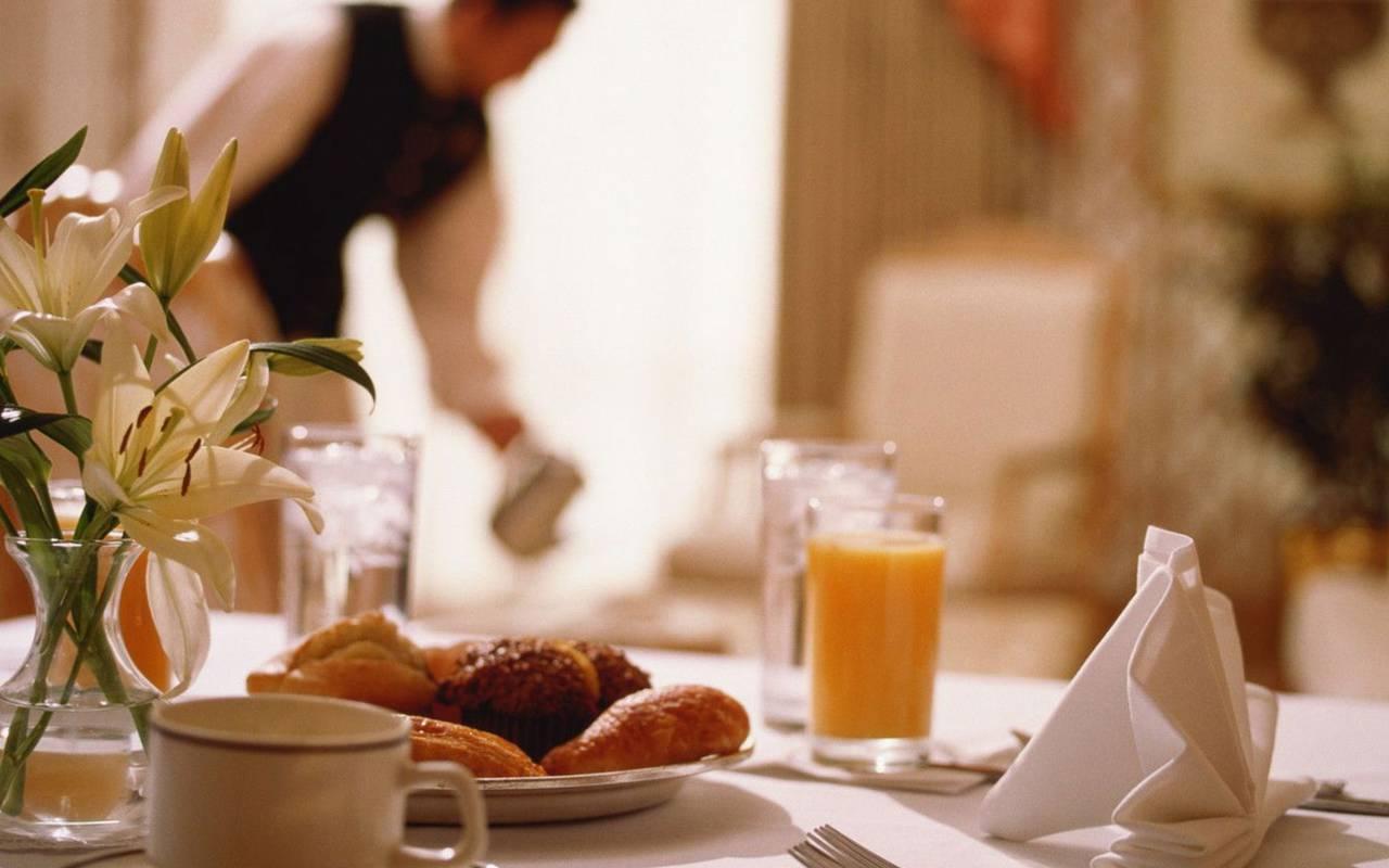 Petit-déjeuner Hôtel Pas de Calais