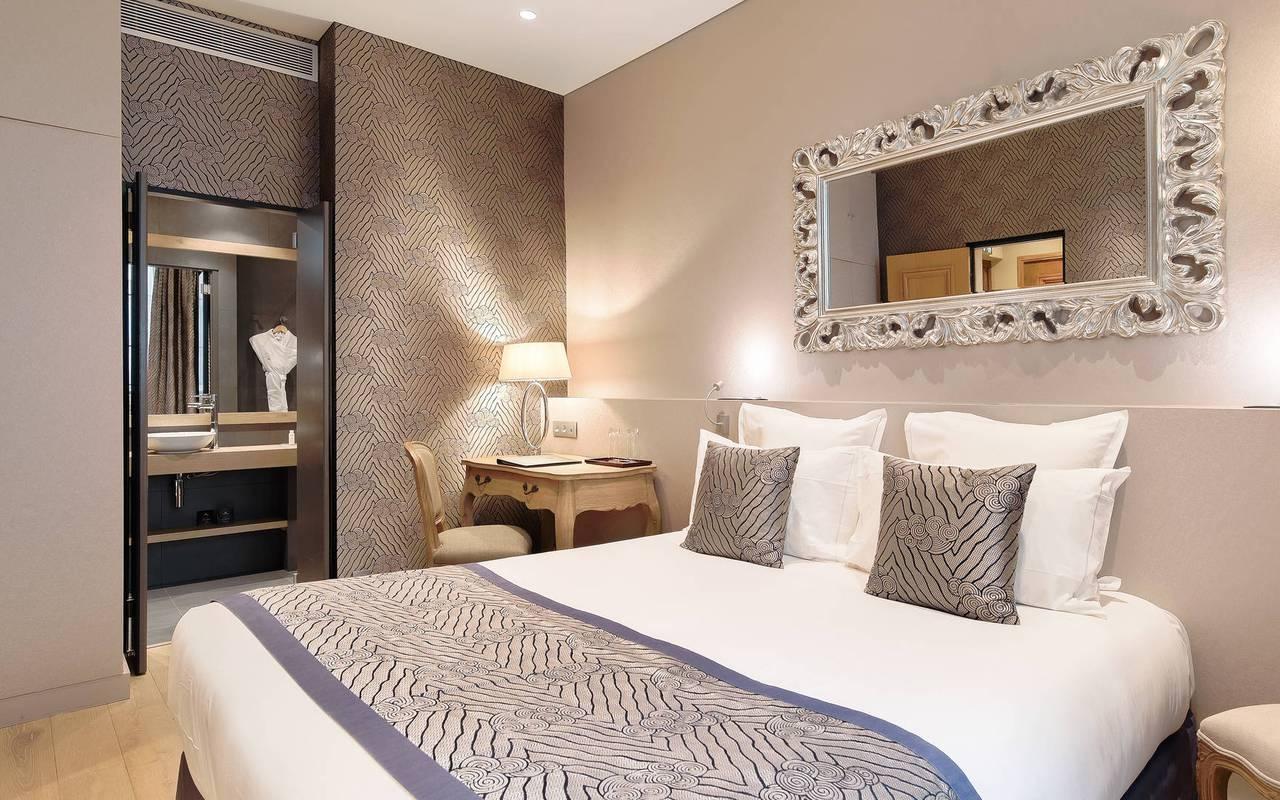 Luxueuse chambre dans Saint-Germain-des-Prés