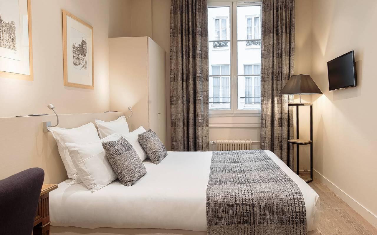 hotel pas de calais paris nossos quartos fam lia. Black Bedroom Furniture Sets. Home Design Ideas